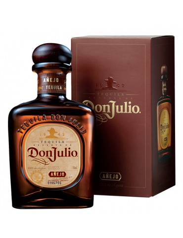 DON JULIO Anejo, Mexic, 0.7L, 38% ABV