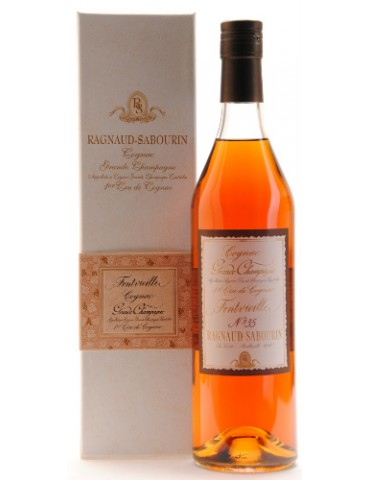 RAGNAUD SABOURIN Fontvieille, XO, Grande Champagne, 0.7L, 43% ABV