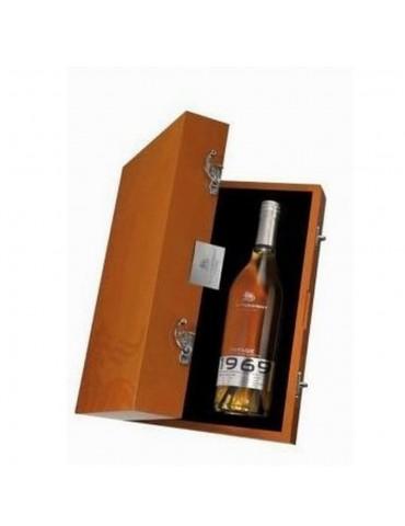 A. de Fussigny Millésime 1969, Vintage, Petite Champagne, 0.7L, 43% ABV